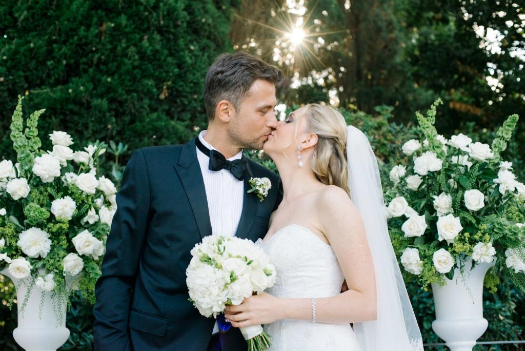 Sposi eleganti in villa a Capri